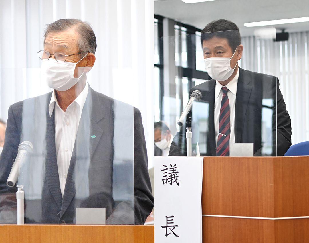 挨拶をする榎本秀一組合長(左)と議長の徳田雅亮総代(右)